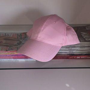 light pink dad hat🌷